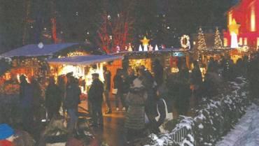 Weihnachtsmarkt unterm Lichterzelt mit Krippenausstellung, Ponyreiten, Weihnachtsmusik, Nikolaus, Gewinnspiel…